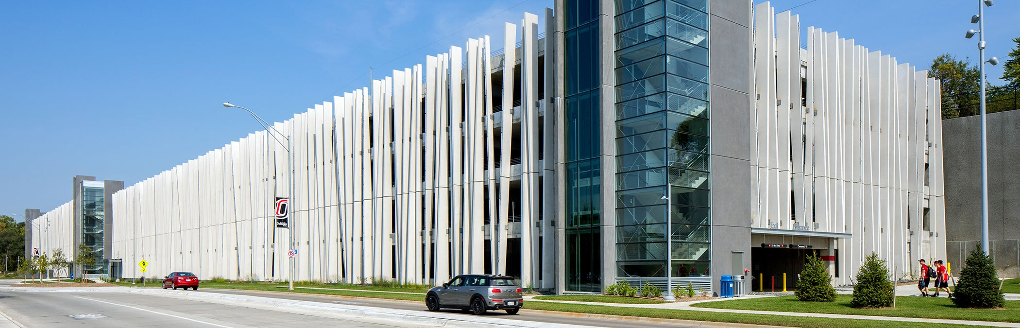 Hdr Designed Uno Parking Structure Earns Accolades From