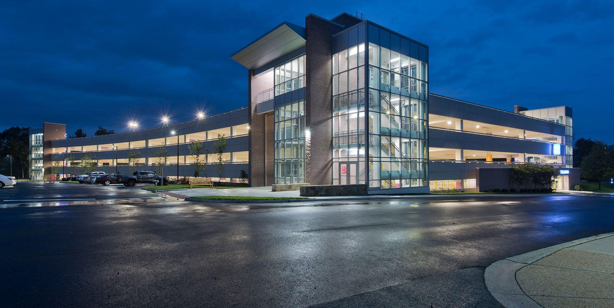 HDR-designed Inova Loudoun Hospital Parking Garage Wins