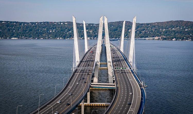 cuomo-view-across-bridge-d750-444.jpg