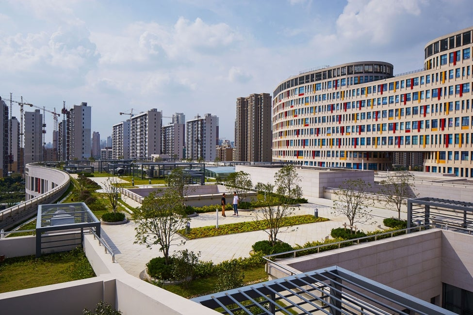 Children's Hospital of Soochow University Exterior Courtyard