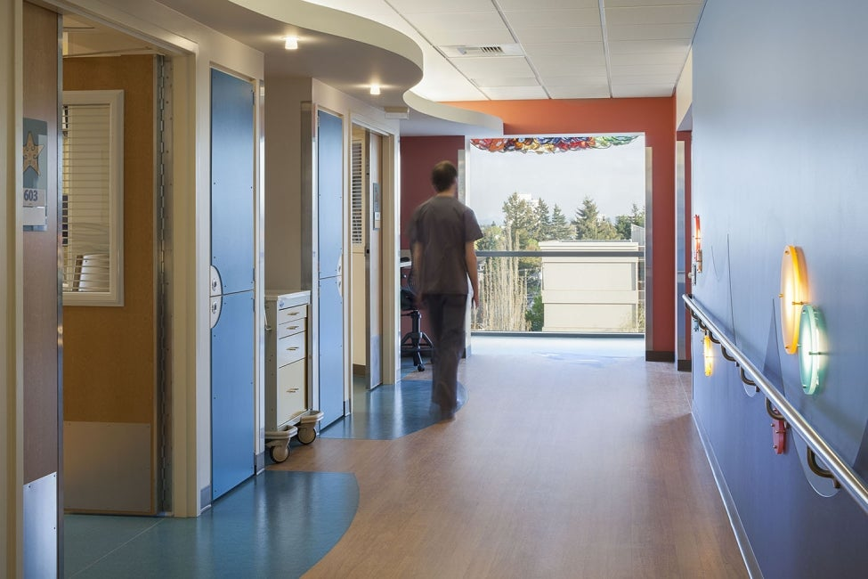 Mary Bridge Children's Hospital and Health Center Expansion - corridor