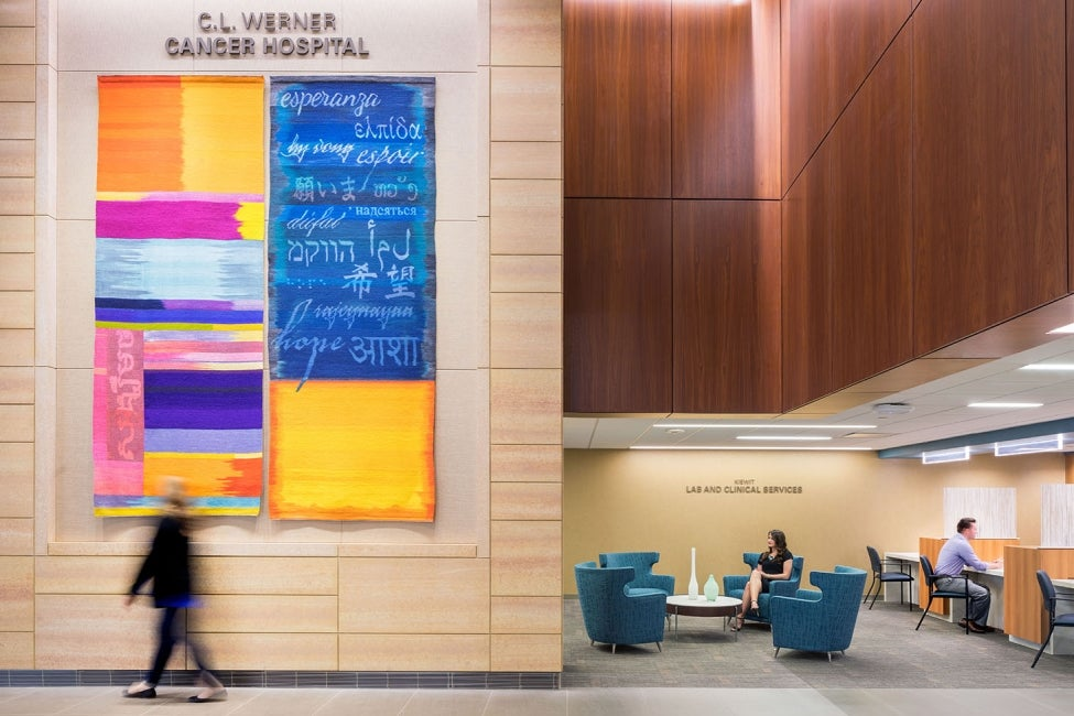 nebraska-medicine-unmc-fred-pamela-buffett-cancer-center-interior