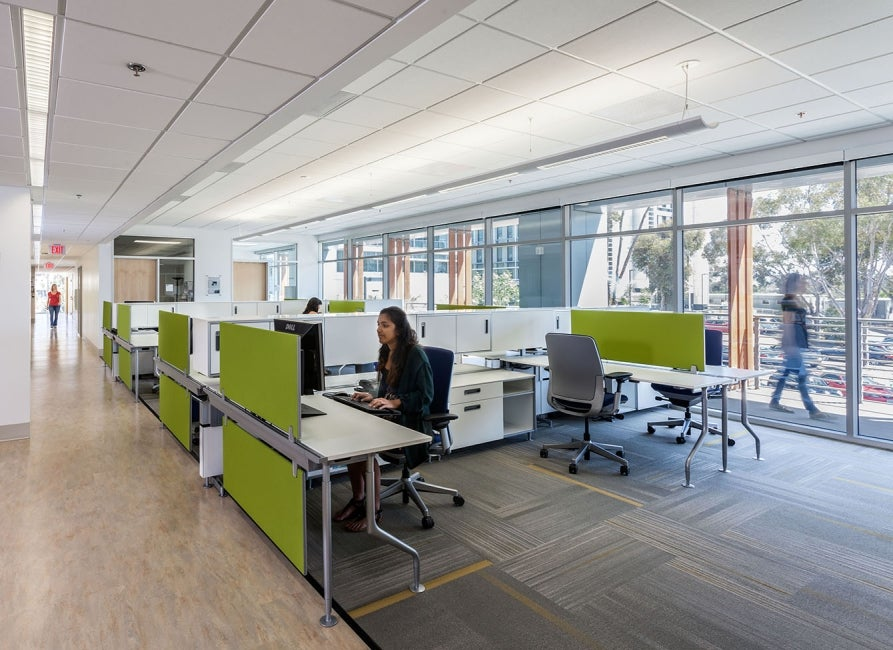 Centralized Research Services Facility Workspace