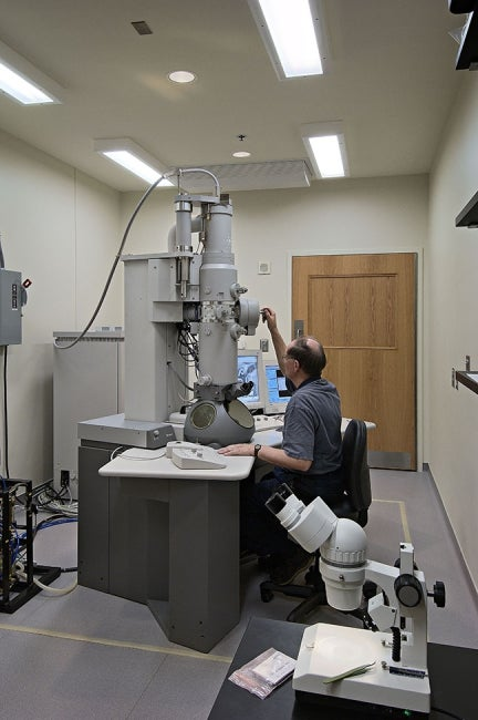 Emerging Infectious Diseases Laboratory Electron Microscope