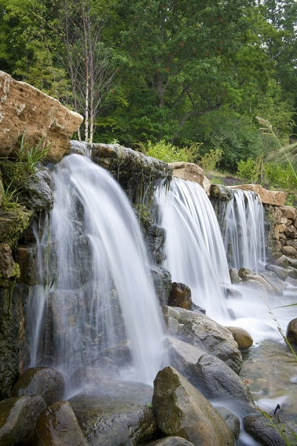 chesterfield-central-park-riparian-trail-waterfall
