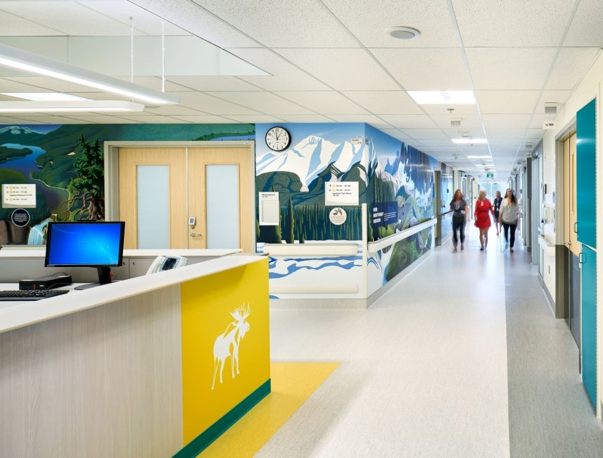 BC Children's Hospital Teck Acute Care Centre nurse station