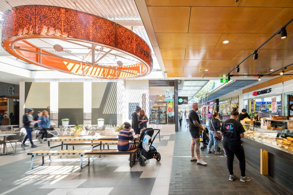 rouse hill town centre food court hdr