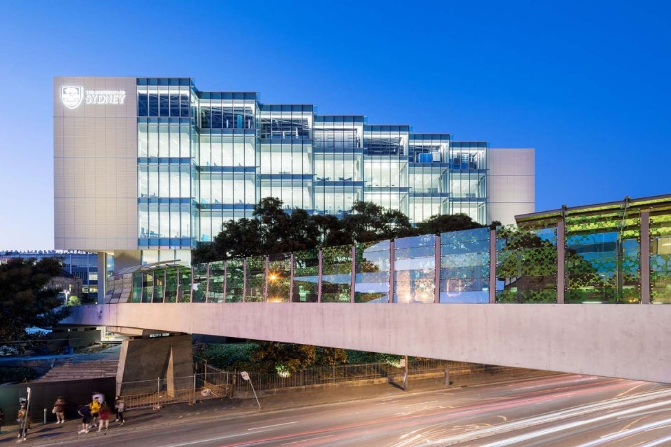 University of Sydney Life, Earth and Environmental Services LEES exterior facade bridge HDR