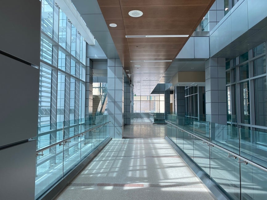 William Beaumont Army Medical Center_concourse