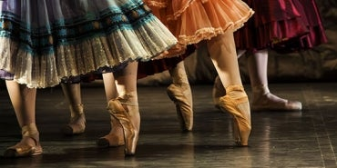 How Musical Theater Relates to Experiencing A Product ballerinas dancing
