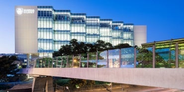 University of Sydney LEES Life Earth Environmental Sciences exterior night shot